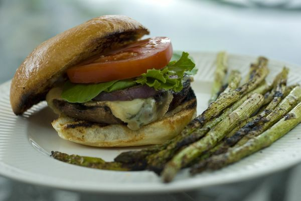 Delicious Grilled Portobello Mushroom Sandwich